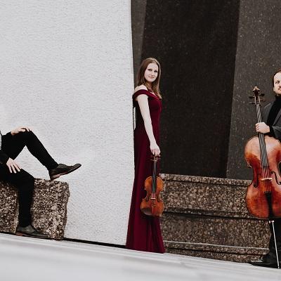Trio Marvin